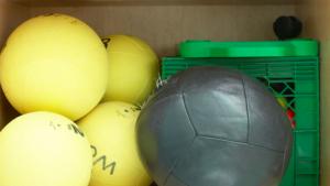 【2021年最新版】ソフトバレーボール用品をまとめて紹介!